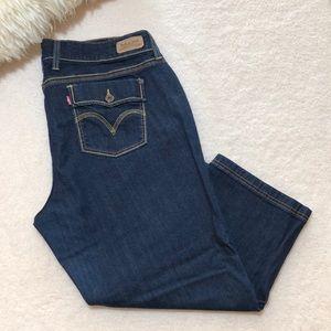 Levi's Women's Capri Cropped Jeans